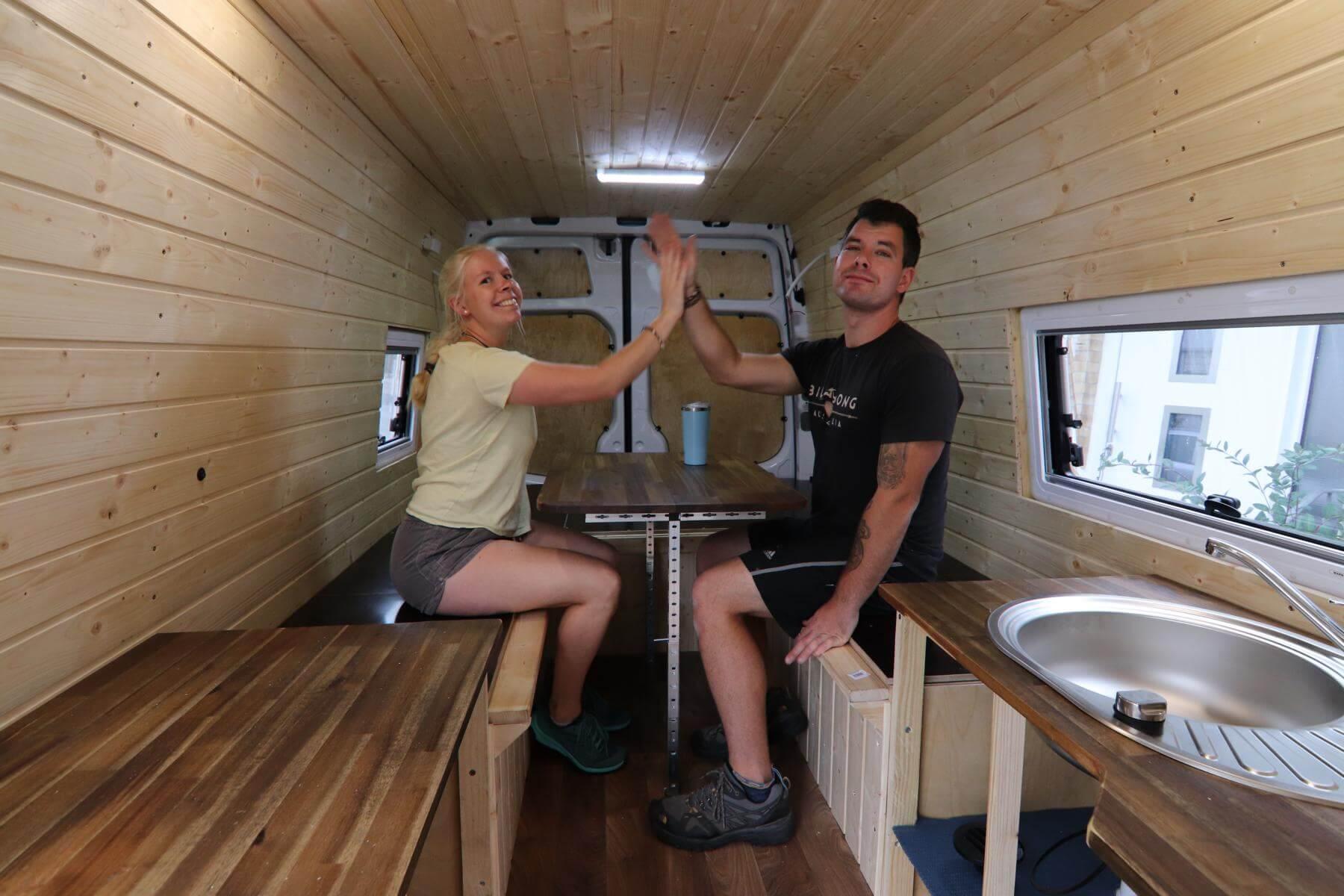 Wohnmobil Bett selber bauen  Kastenwagen Ausbau • Abenteuer Vanlife